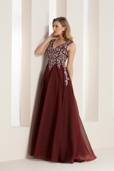Our biggest night dress reference, your elegance!